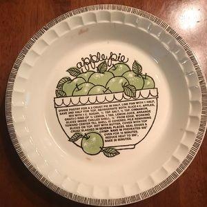 Vintage Royal China Co Jeannette Apple Pie Plate